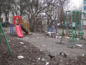 Кто должен отвечать за состояние детских площадок