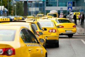 Со следующего года такси будет работать по новым правилам